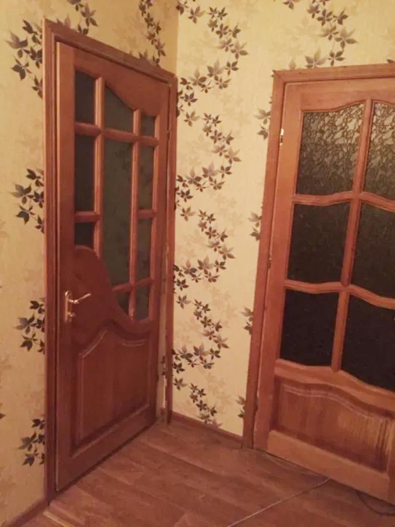 продажа многокомнатной квартиры номер A-150352 в Суворовском районе, фото номер 6